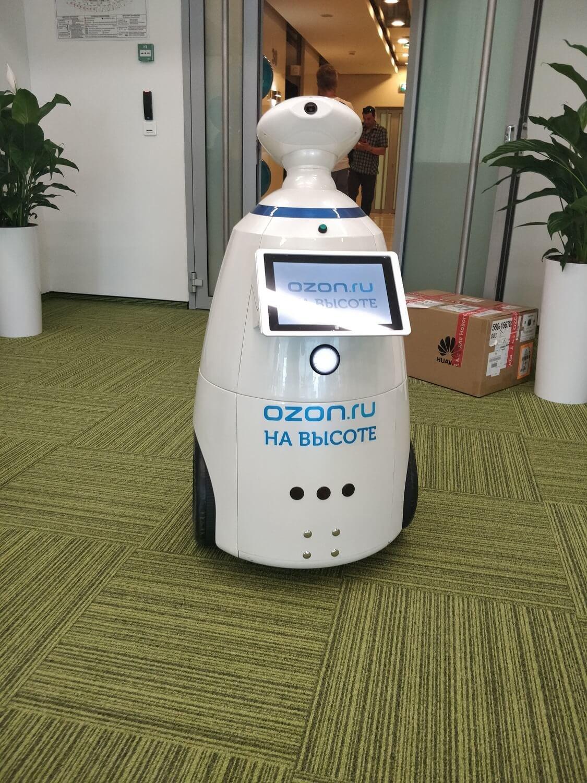 Корпоративное мероприятие «На высоте». Роботы на мероприятие в Москве – лучший способ произвести незабываемое впечатление