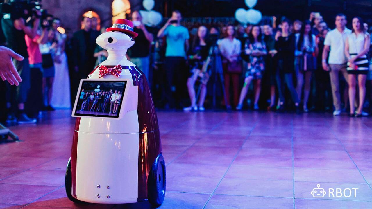 Аренда роботов на мероприятие в Питере