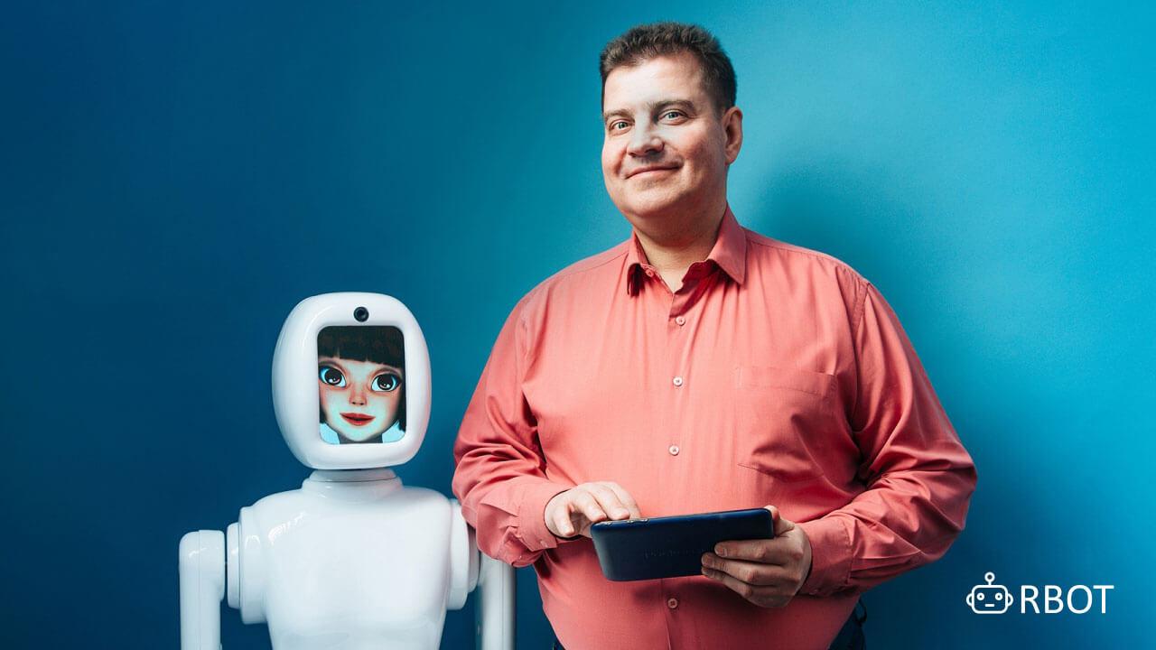 Теперь же роботы промоутеры легко можно взять в аренду в СПБ